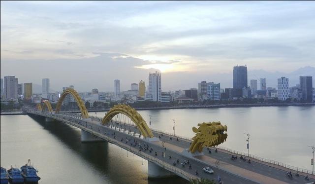 Đà Nẵng đẹp mê trong video quảng bá, kỳ vọng kéo khách trở lại sau đại dịch - 2