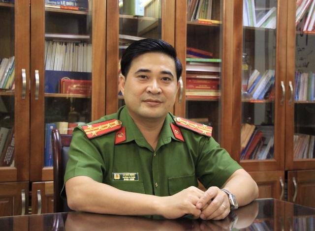 Đại tá công an nhiều lần giải cứu người dân trong phút giây sinh tử - 1