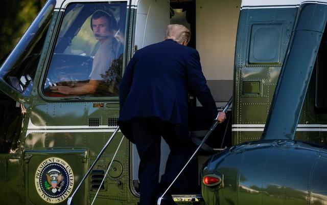 """Ông Trump di chuyển """"như con thoi"""" trước khi mắc Covid-19 - 12"""