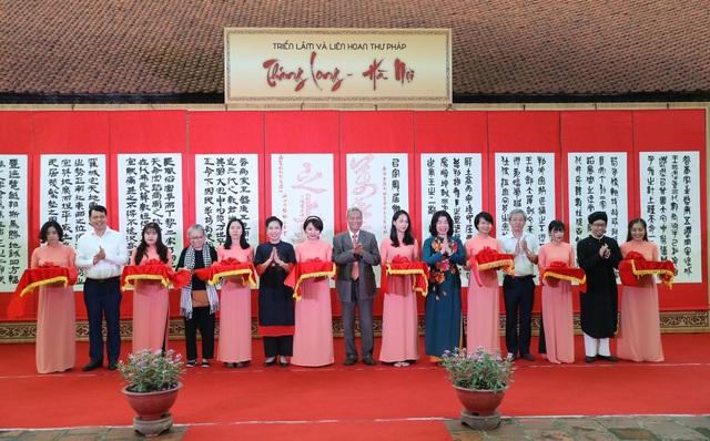 Trưng bày 100 bức thư pháp lấy cảm hứng từ Thăng Long - Hà Nội - 1