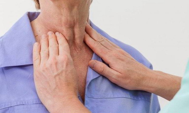 Nguy cơ ung thư vòm họng từ thói quen ăn dưa muối xổi - 1