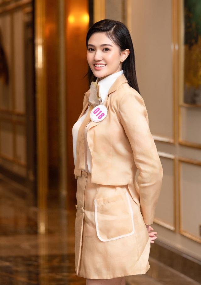 Thí sinh Hoa Hậu Việt Nam 2020 chuẩn bị bước vào vòng Bán kết - 14