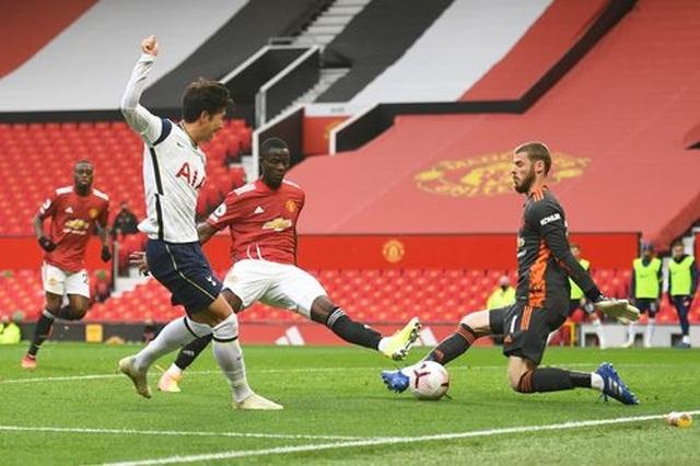 Man Utd 1-6 Tottenham: Địa chấn ở Old Trafford - 11