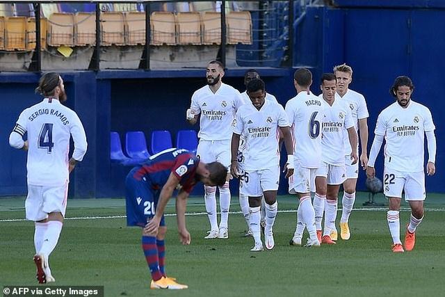 Real Madrid thắng trận thứ ba liên tiếp ở La Liga - 5