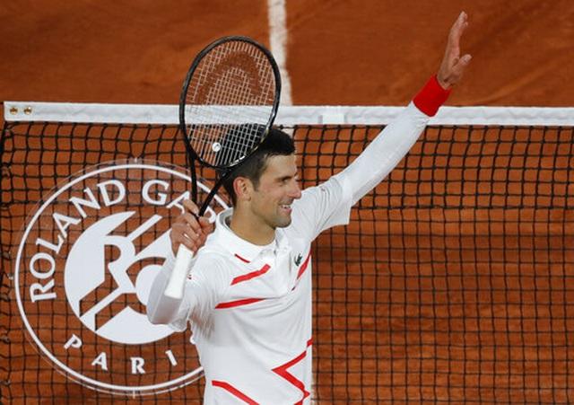 Roland Garros 2020: Djokovic vượt qua thành tích của Federer - 1