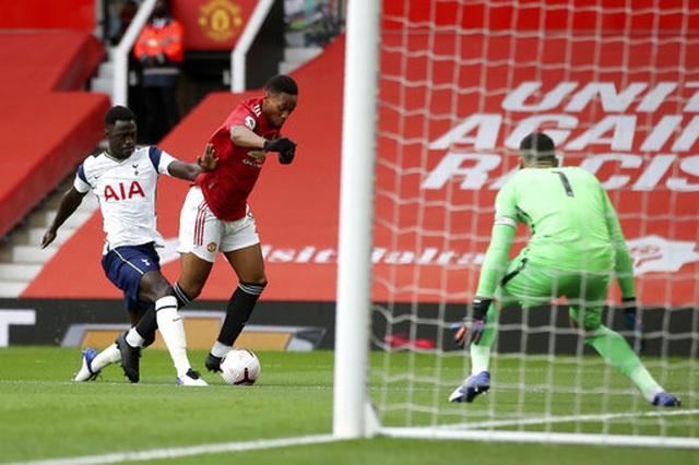 Man Utd 1-6 Tottenham: Địa chấn ở Old Trafford - 18