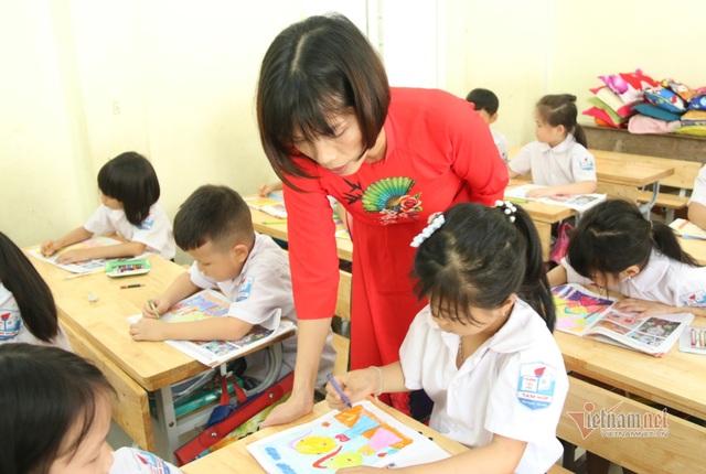 Chương trình sách giáo khoa lớp 1 mới: Nặng là do chưa biết cách dạy? - 1