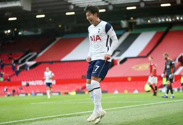 Man Utd 1-6 Tottenham: Địa chấn ở Old Trafford - 10