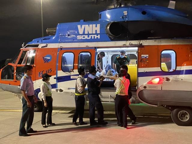 Bay cấp cứu thành công bệnh nhân bị nạn trên Quần đảo Trường sa - 3
