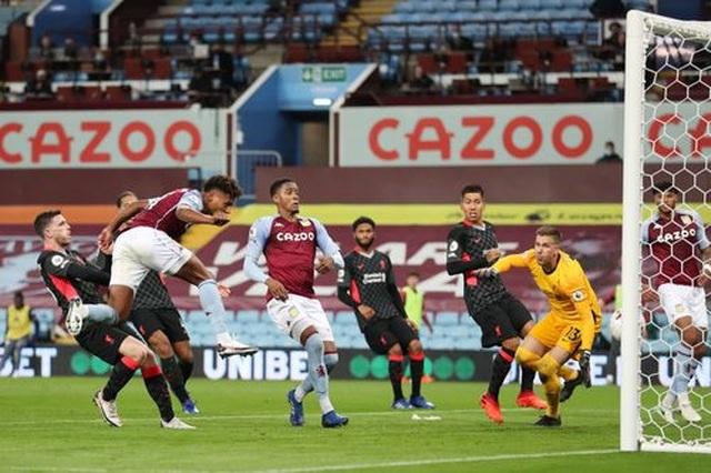 Aston Villa 7-2 Liverpool: Thảm họa với nhà vô địch - 5