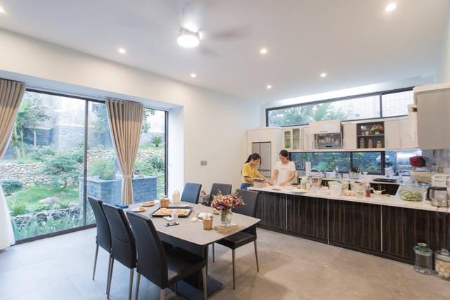 Gia đình Thanh Hóa mua 6 nhà hàng xóm, xây nhà vườn rộng 700m2 giữa phố - 8