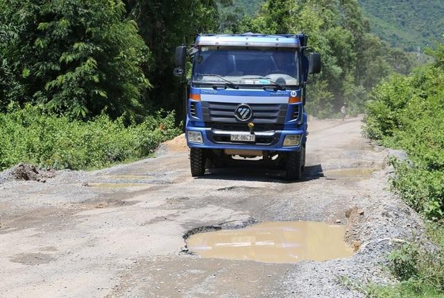 340 tỷ đồng sửa chữa 13km đường đã xuống cấp suốt nhiều năm - 2