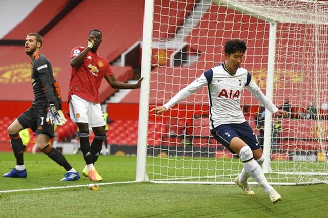 Những khoảnh khắc Man Utd bị Tottenham chà đạp tại Old Trafford - 14