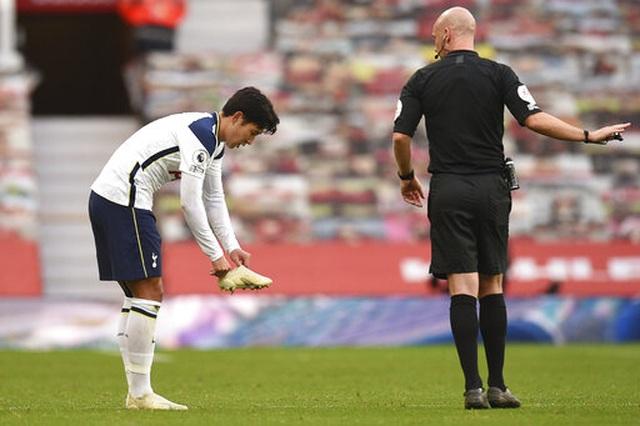 Man Utd 1-6 Tottenham: Địa chấn ở Old Trafford - 6