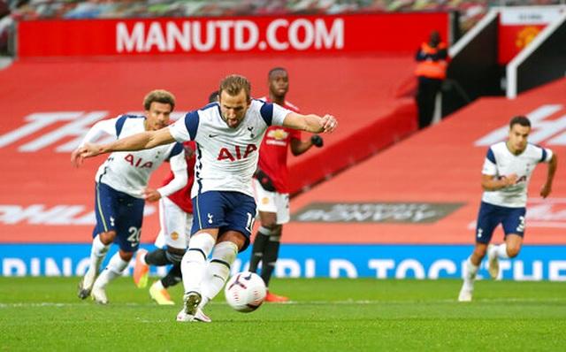 Những khoảnh khắc Man Utd bị Tottenham chà đạp tại Old Trafford - 21
