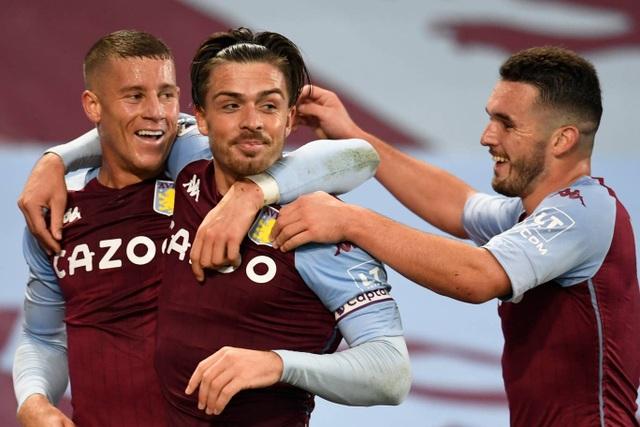 Aston Villa 7-2 Liverpool: Thảm họa với nhà vô địch - 2