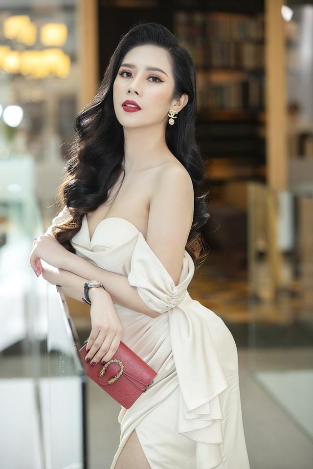 Dương Yến Nhung diện đầm trễ vai dự sự kiện - 3
