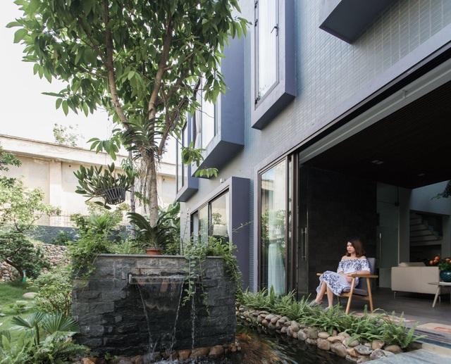 Gia đình Thanh Hóa mua 6 nhà hàng xóm, xây nhà vườn rộng 700m2 giữa phố - 9