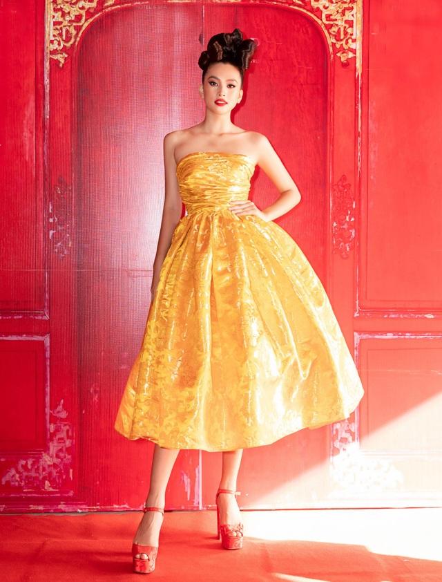 Hoa hậu Hà Kiều Anh đụng độ Hoa hậu Trần Tiểu Vy - 4