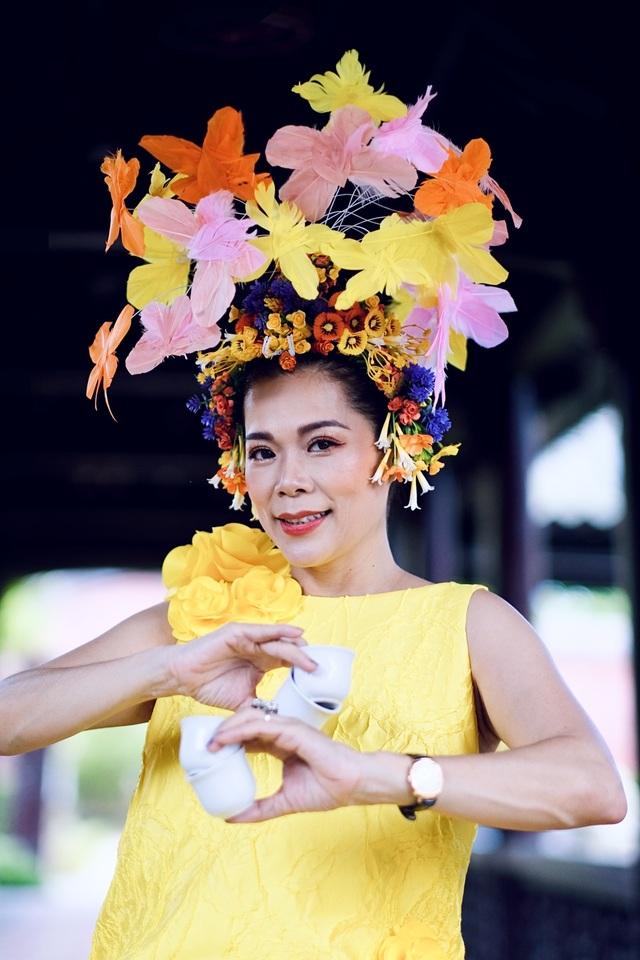 Hoa hậu Hà Kiều Anh đụng độ Hoa hậu Trần Tiểu Vy - 9