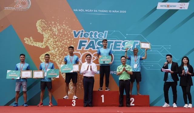 Người chạy 10km quanh hồ Hoàn Kiếm nhanh nhất chỉ hết 31 phút 59 giây - 2
