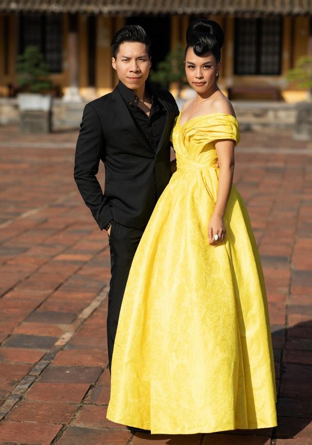 Hoa hậu Hà Kiều Anh đụng độ Hoa hậu Trần Tiểu Vy - 14