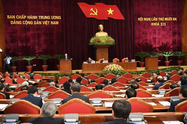 Cả nước có 119 Ủy viên Trung ương tái cử, 107 người được giới thiệu lần đầu - 1