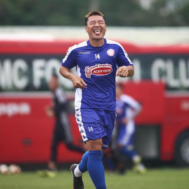 Công Phượng trở lại sân tập, TPHCM chờ đua vô địch V-League - 4
