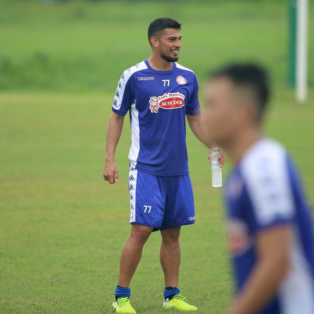 Công Phượng trở lại sân tập, TPHCM chờ đua vô địch V-League - 3