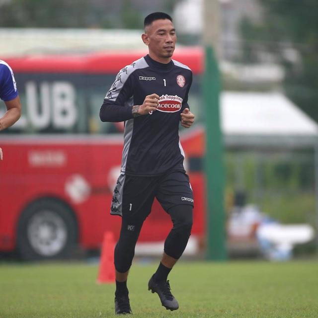 Công Phượng trở lại sân tập, TPHCM chờ đua vô địch V-League - 6