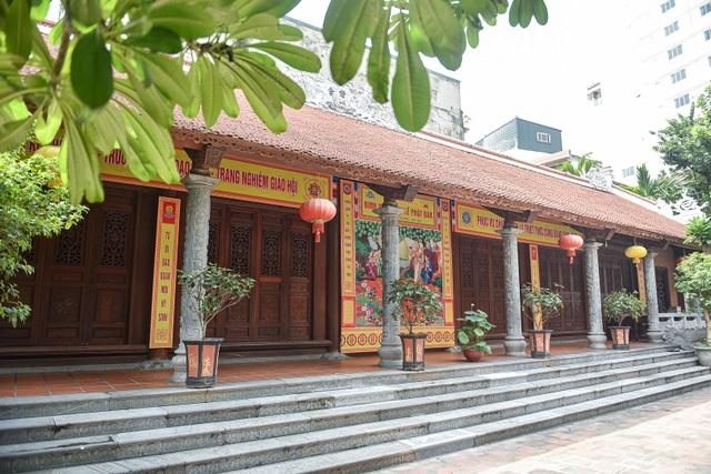 Kỳ lạ bức tượng Phật ngồi trên lưng vua độc nhất vô nhị ở Việt Nam - 11