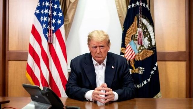 """Mỹ lo tình báo nước ngoài """"săn lùng"""" thông tin sức khỏe của ông Trump - 1"""
