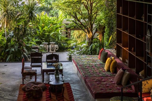 Khu vườn tuyệt đẹp ẩn trong nhà khiến chủ nhân muốn buồn cũng khó - 4