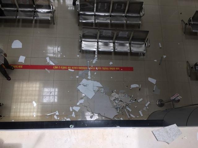 Một phần trần chống nắng của Bệnh viện nghìn tỷ Tây Nguyên bất ngờ bị sập - 3