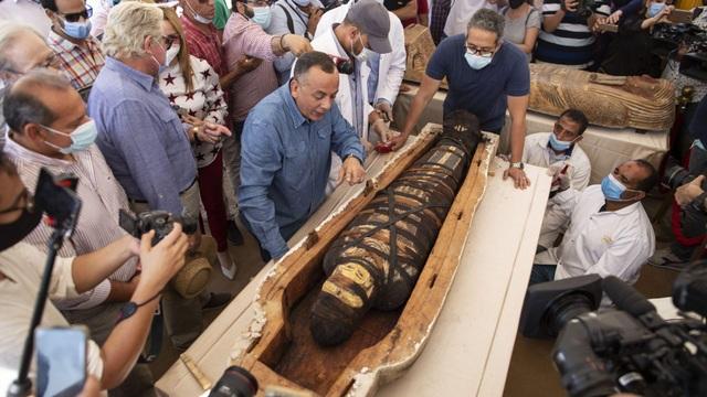 Phát hiện 59 quan tài cổ 2.600 năm tuổi ở Ai Cập - 2