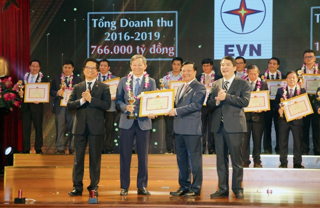 Tập đoàn Điện lực Việt Nam được vinh danh về nộp thuế - 2
