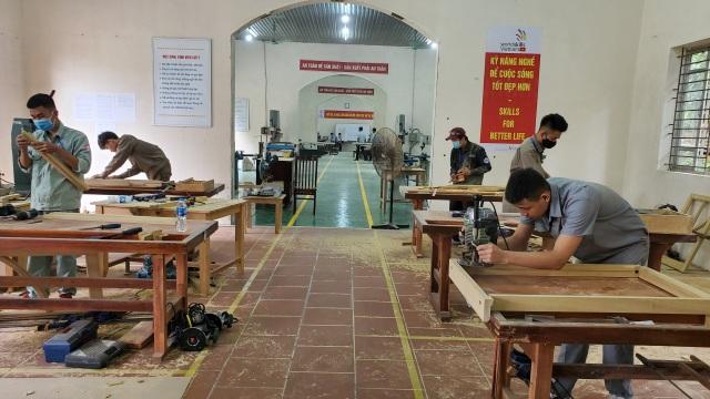 Hấp dẫn Kỳ thi so tài kỹ năng thợ nghề trẻ - 1