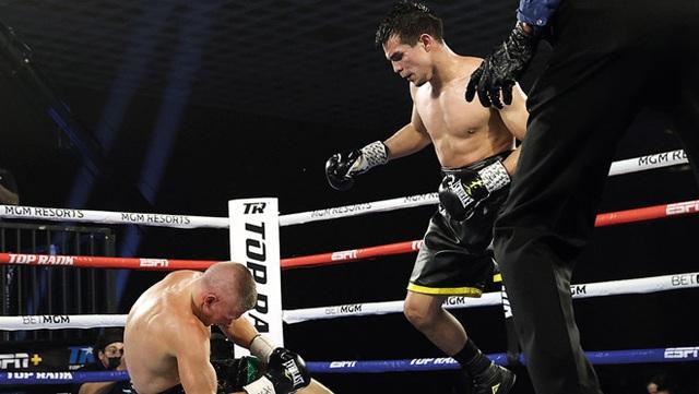 Liên tiếp đấm gục lẫn nhau, võ sĩ chịu thua vì kiệt sức - 1