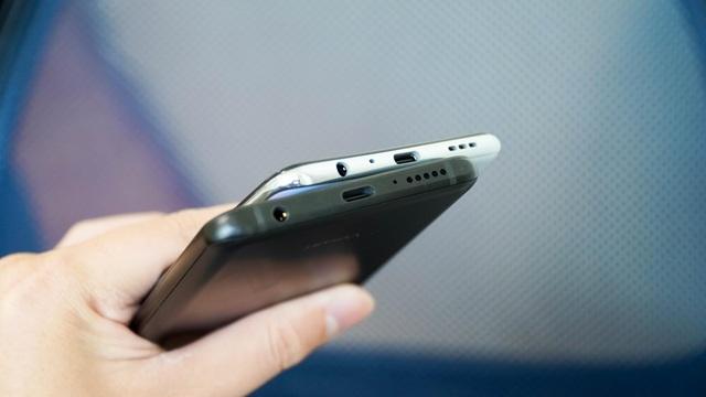"""Bộ đôi smartphone tầm trung Oppo A93 và Vsmart Aris """"đọ dáng"""" - 4"""