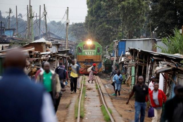 Vay Trung Quốc gần 5 tỷ USD làm đường sắt, Kenya lỗ đậm, xin giãn nợ - 2