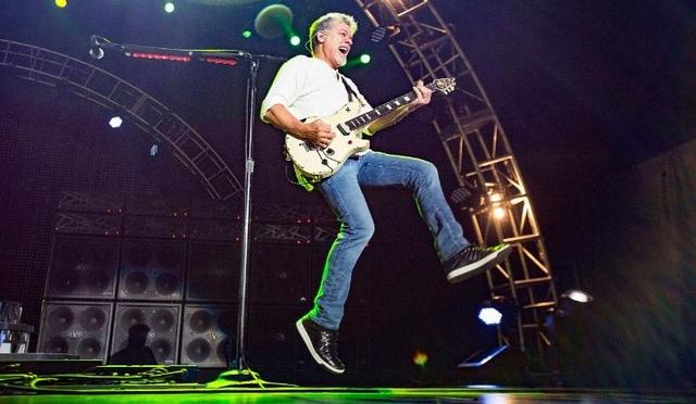 Rocker Eddie Van Halen qua đời vì ung thư - 2