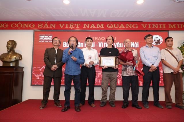 """Vợ nhạc sĩ Phú Quang bật khóc khi thay chồng nhận """"Giải thưởng Lớn - 3"""
