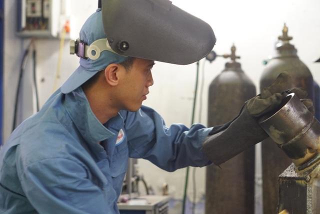 Kỳ thi kỹ năng nghề Quốc gia: Thợ nghề trẻ quyết liệt so tài - 8