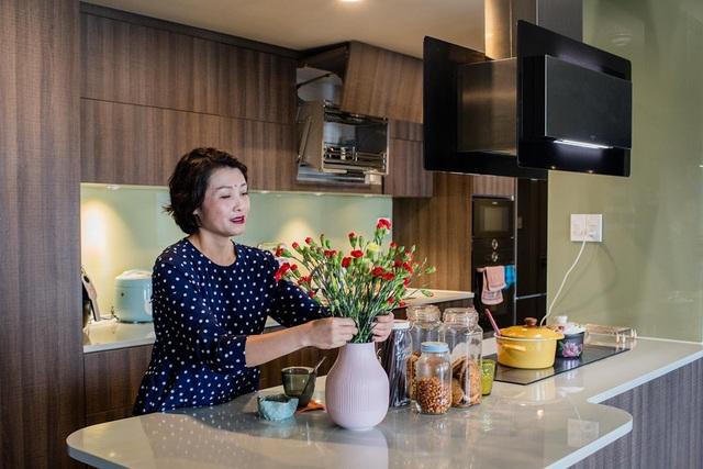 Vợ chồng ở Sài Gòn chơi lớn đập thông 3 căn chung cư làm 1 - 4