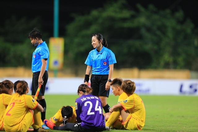 Ban trọng tài khẳng định cấp dưới đúng trong tình huống đội Hà Nam phản ứng - 2