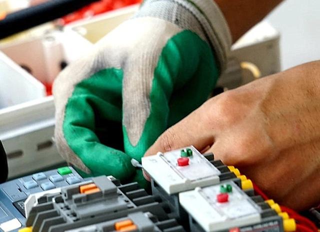 Kỳ thi kỹ năng nghề Quốc gia: Thợ nghề trẻ quyết liệt so tài - 7
