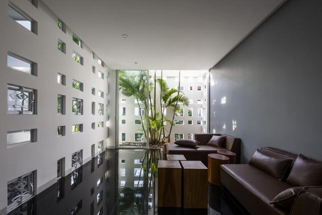 Ngôi nhà có 300 cửa sổ, gia chủ mỗi tháng chỉ tốn 200.000 đồng tiền điện - 3