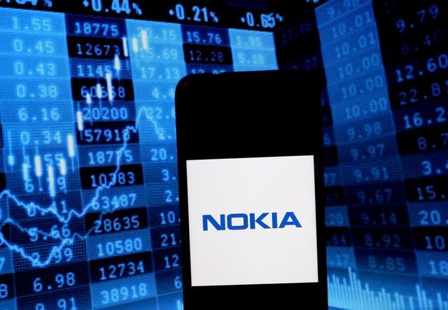 Một lần chưa đủ, Microsoft có thể sẽ lại mua Nokia - 1