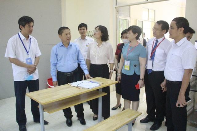 Thứ trưởng Lê Tấn Dũng kiểm tra công tác tổ chức thi kỹ năng nghề Quốc gia - 2