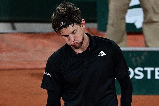 Dominic Thiem nói gì sau khi trận thua sốc ở Roland Garros? - 1